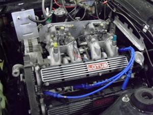 Le moteur terminé  dans la voiture